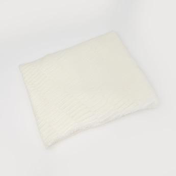Textured Woolen Scarf