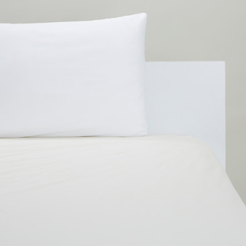 Solid Fitted Sheet with Elasticised Hem - 200x90 cms