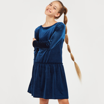 Velour Knee Length Dress with Round Neck and Long Sleeves