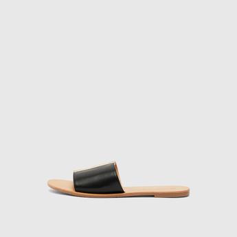 Flat Sandals with Metallic Detail