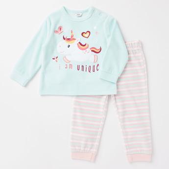 Printed Long Sleeves Sweatshirt and Jog Pants Set
