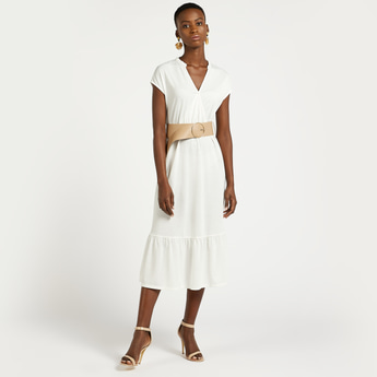 Solid Tiered Midi Dress with V-neck and Cap Sleeves
