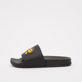 حذاء خفيف بطبعات أسد