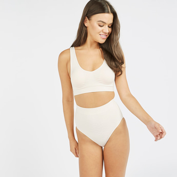 Textured Seamless Shaping Briefs with Elasiticsed Waistband