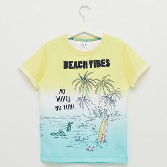 Beach Vibes Graphic Print T-shirt with Round Neck and Short Sleeves