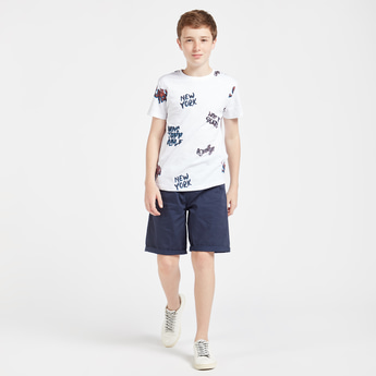 Text Print Short Sleeves T-shirt with Solid Shorts Set