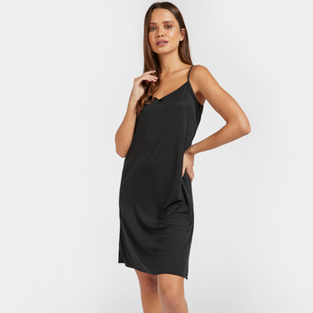 Slip with Scoop Neck and Adjustable Straps