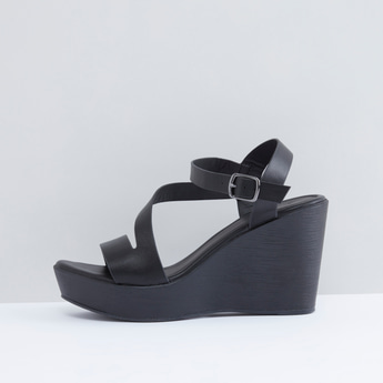 Textured Multi-Strap Wedges with Pin Buckle
