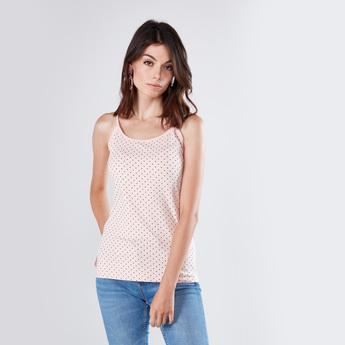 قميص داخلي قصير بطبعات منقّطة مع ياقة عميقة