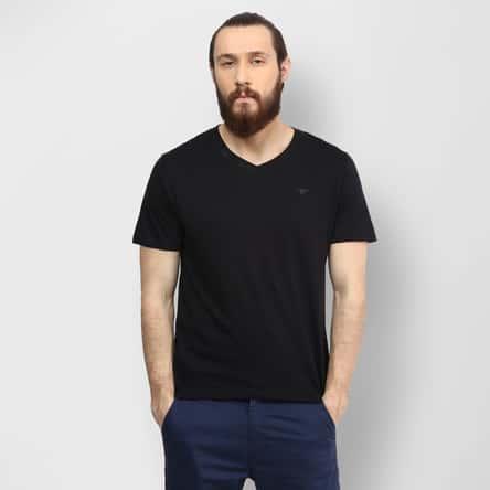 FAME FOREVER Solid V-Neck T-Shirt
