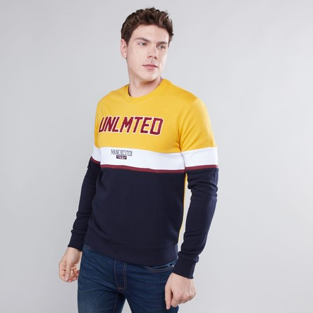 Printed Sweatshirt with Round Neck and Long Sleeves