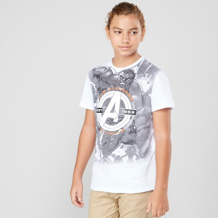 Avengers Printed Round Neck T-shirt with Short Sleeves