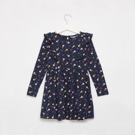 فستان بطول الركبة بأكمام طويلة وتفاصيل كشكش وطبعات أزهار