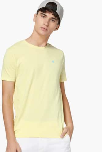 BOSSINI Men Solid Crew-Neck T-shirt