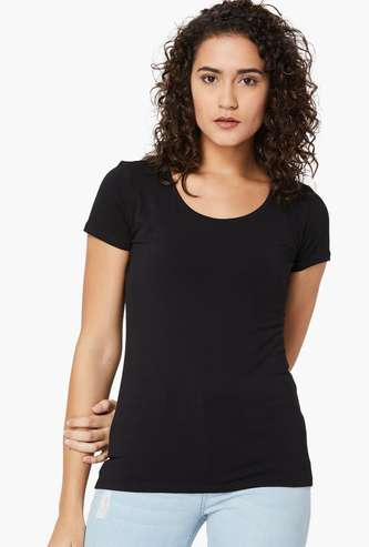 GINGER Solid Round Neck T-shirt