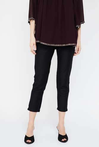W Solid Regular Fit Cropped Pants
