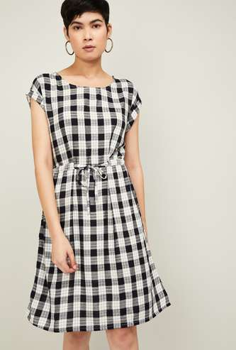 FAME FOREVER Women Checked Cap Sleeves A-line Dress