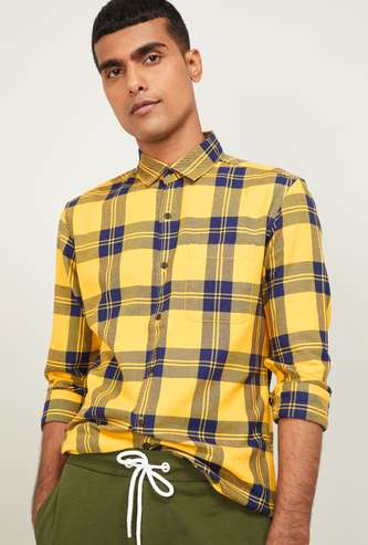 UCLA Men Checked Slim Fit Casual Shirt