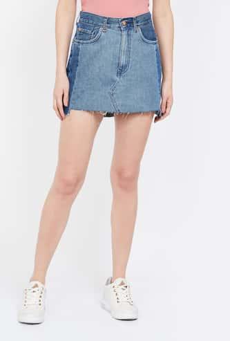 ONLY Colourblocked Denim Skirt with Frayed Hem