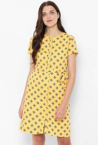 ALLEN SOLLY Printed Shift Dress with Button Placket