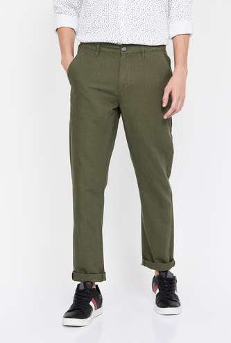 FAME FOREVER Men Textured Slim Tapered Fit Casual Trousers