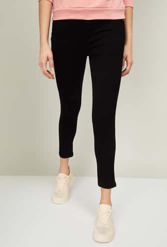 FAME FOREVER Women Solid Super Skinny Fit Jeans