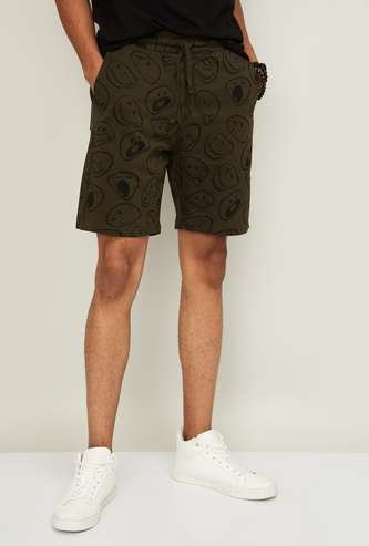SMILEY Men Printed Slim Fit Knitted Shorts