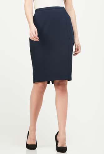 VAN HEUSEN Solid Panelled Pencil Skirt