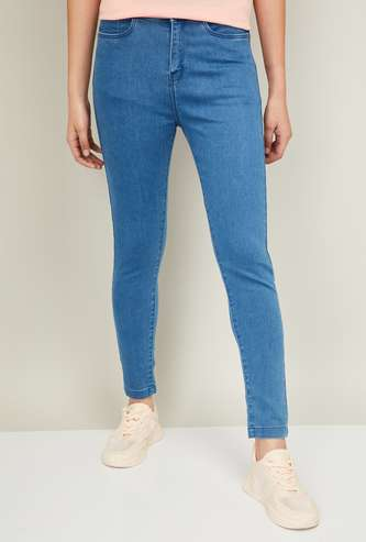 FAME FOREVER Women Solid Ankle-Length Skinny Jeans
