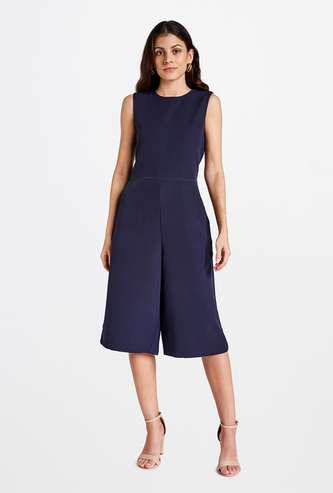 AND Women Solid Sleeveless Cropped Jumpsuit
