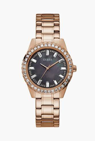 GUESS Embellished Analog Round Dial Women's Wristwatch - GW0111L3