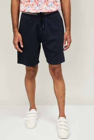 BOSSINI Men Solid Elasticated Shorts