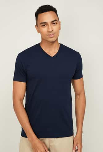 JOCKEY Men Solid Slim Fit V-neck T-shirt