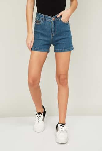 XPOSE Women Stonewashed Frayed Hem Shorts
