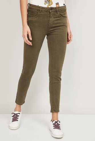 FAME FOREVER Women Solid Slim Fit Jeans