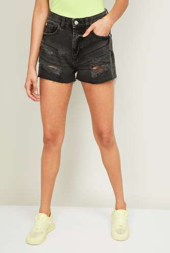 GINGER Women Denim Distressed Shorts