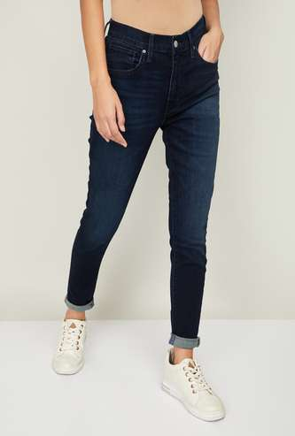 LEVI'S Women Washed Tapered Fit Jeans
