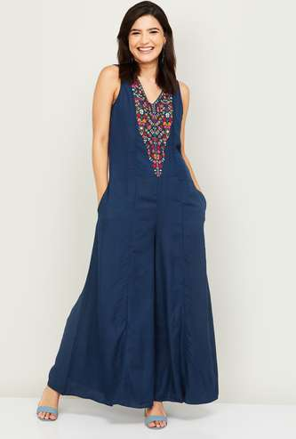 COLOUR ME Women Embroidered Flared Jumpsuit