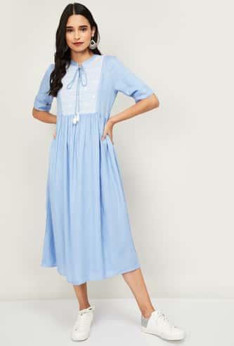 COLOUR ME Women Printed A-Line Midi Dress