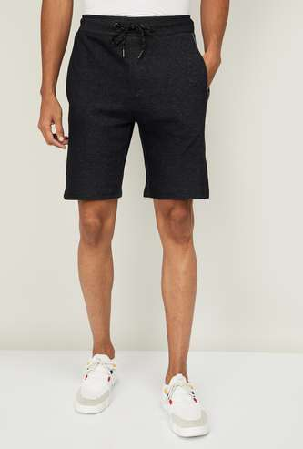 FREE AUTHORITY Men Printed Knitted Regular Fit Shorts