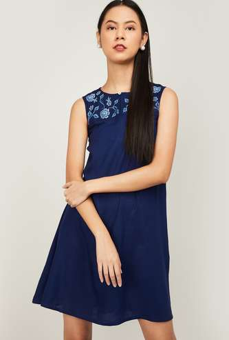 AND Women Printed Sleeveless A-Line Dress
