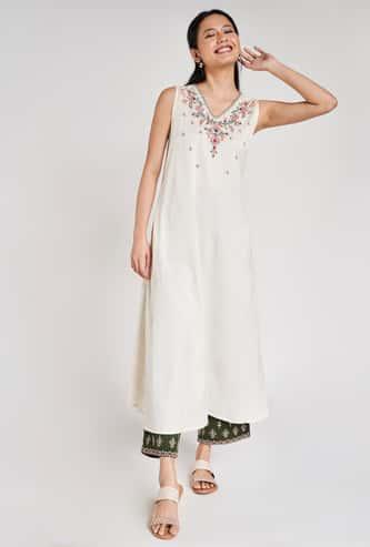 GLOBAL DESI Women Embroidered Sleeveless A-Line Kurta