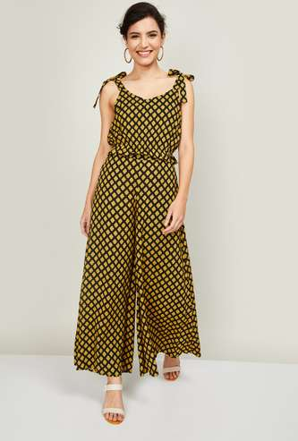 GLOBAL DESI Women Printed Top with Palazzos