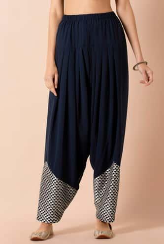 INDYA Women Printed Pleated Pants