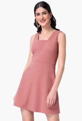 FABALLEY Women Solid Sleeveless A-line Dress