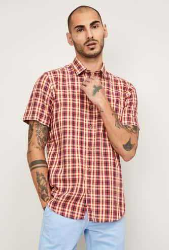 COLORPLUS Men Checked Slim Fit Casual Shirt