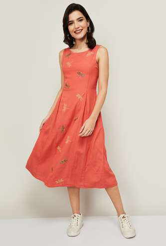 COLOUR ME Women Embroidered Dress