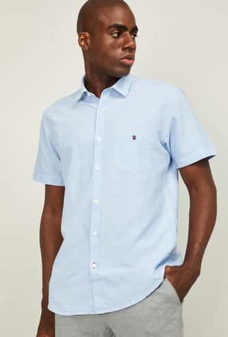 LP SPORT Men Solid Slim Fit Casual Shirt