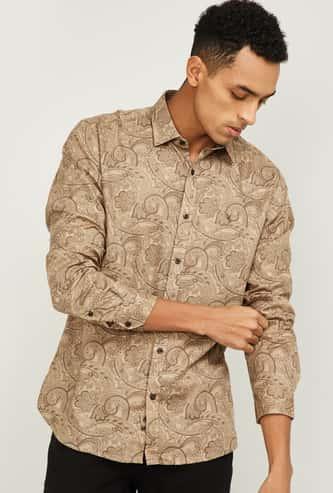 V DOT Men Printed Slim Fit Casual Shirt