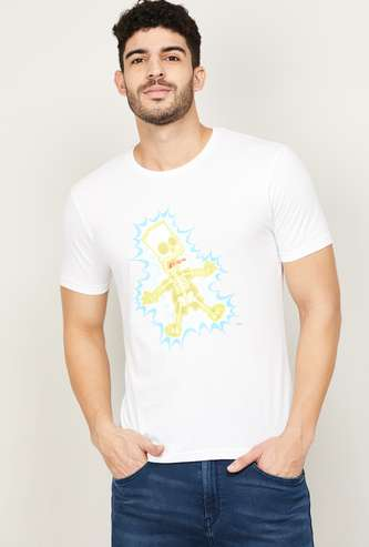 FAME FOREVER Men Graphic Print Regular Fit T-shirt